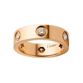 Cartier Love Crystals Inlaid Wide Ring Rose Gold-plated For Elegant Lady Price UK B4097500