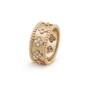 Noble VCA Perlee Clovers Wide Wedding Ring Couple Style Gold-plated Crystals Online Singapore VCARO9LO00